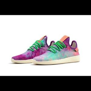 Adidas x Pharrell Sneakers